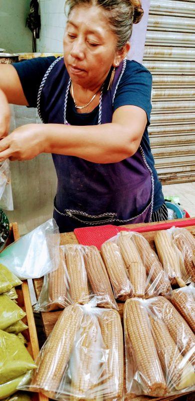 dried corn vendor