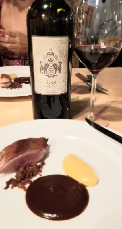 Duck (super crunchy) with aioli of habanero chile mole sauce, paired with an Arbol organic wine from their sister property Finca la Carrodilla