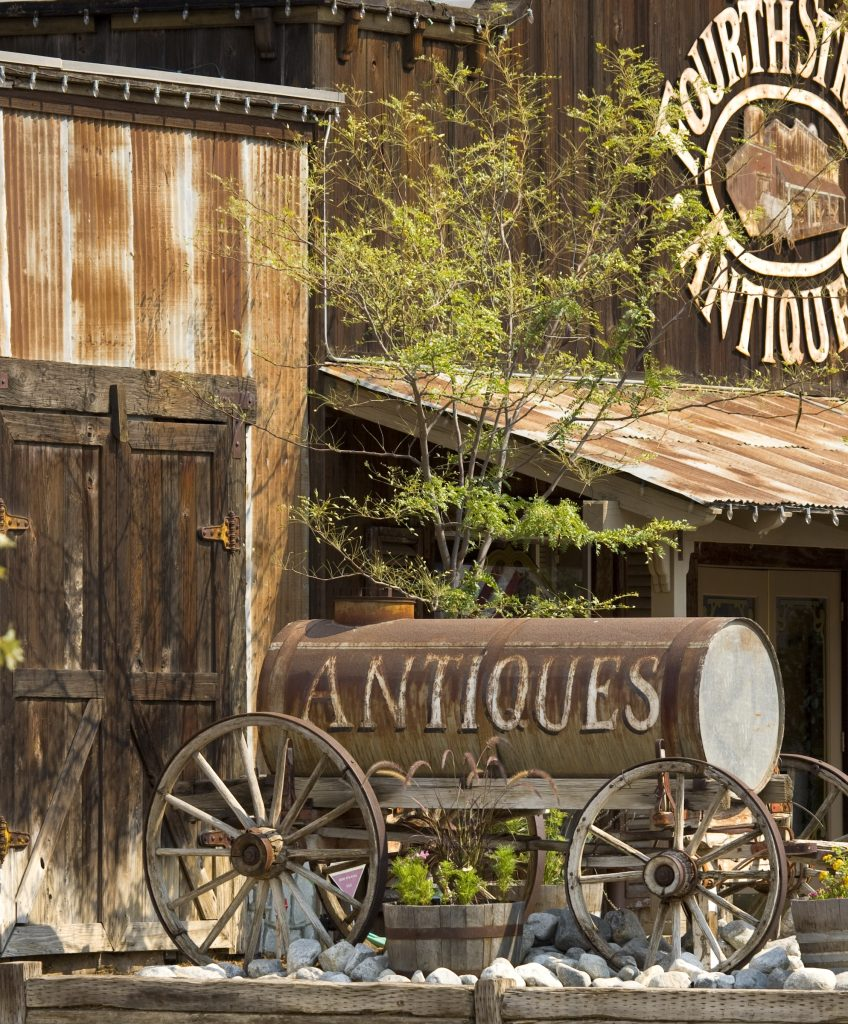 Old Town Antique Hunting in Temecula