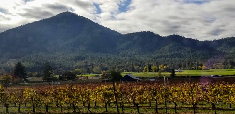 Applegate Valley Oregon in the fall