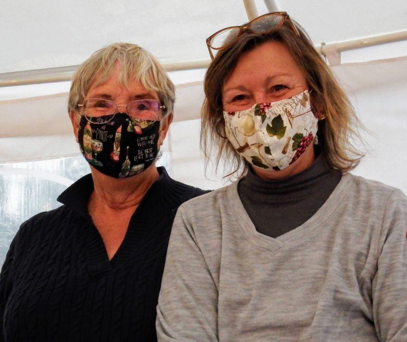 Sue and Carol , Correcaminos hostesses